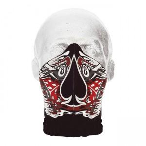 La máscara para la persona de los puntos negros el proteína y la servilleta