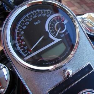 "Velocímetro/Tacómetro Analógico de 5"" Harley-Davidson"