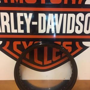 Aro negro Harley-Davidson para llanta delantera de 19